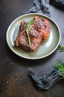 Biefstuk ribeye gegrild kalfsvlees sappig en gebakken rood of medium
