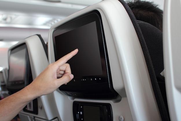 Binnen vliegtuigen interieur lcd-scherm in een vliegtuig