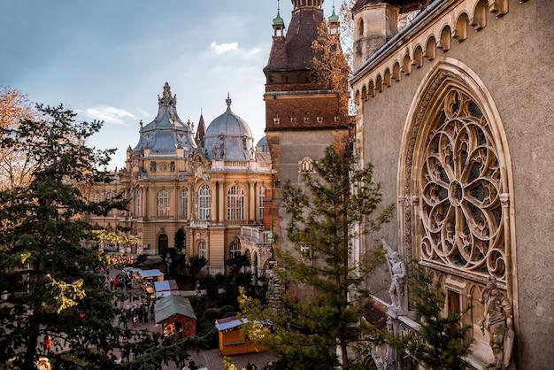 Binnenplaats van vajdahunyad-kasteel. budapest, hongarije
