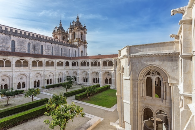 Binnentuin van katholieke kloostertoren