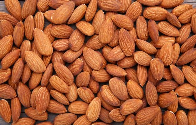 Biologische amandel noten
