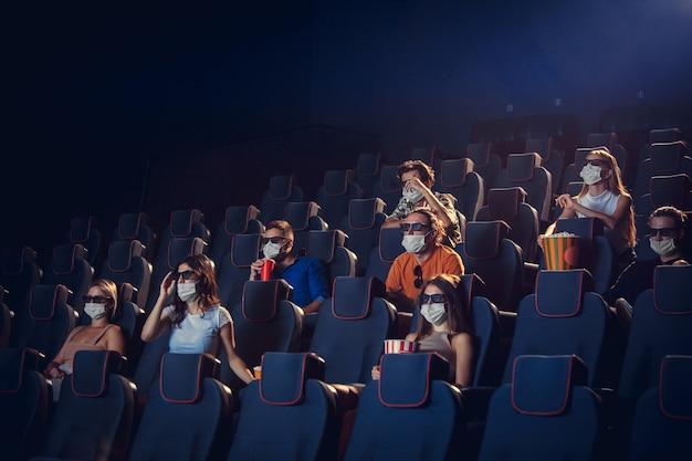 Bioscoop bioscoop tijdens quarantaine coronavirus pandemie veiligheidsregels sociale afstand