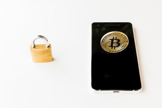 Bitcoin cryptocurrency digitale bit coin btc valuta technologie zakelijk internet concept.