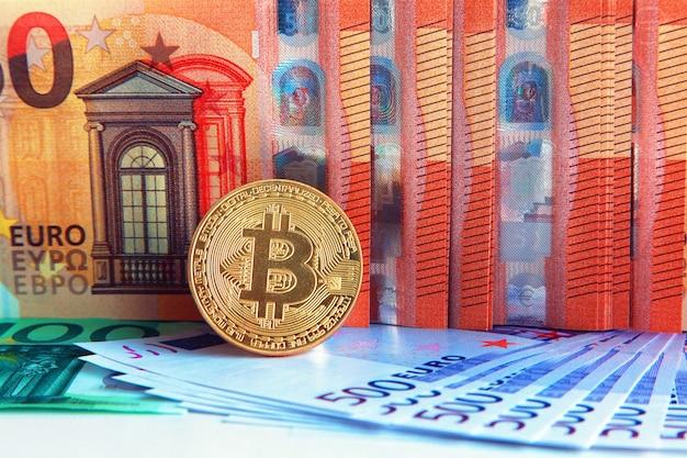 Bitcoin op verschillende bankbiljetten