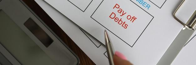 Biz planning van het betalen van contributie