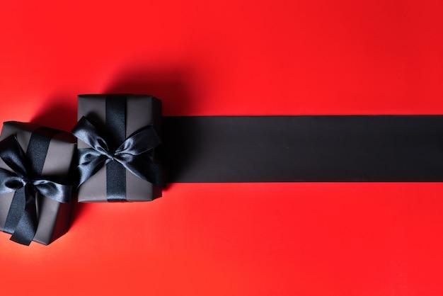 Black friday-uitverkoop, zwarte geschenkdoos voor online winkelen