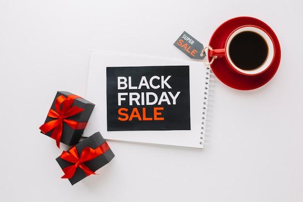 Black friday-verkoopcampagne met koffie