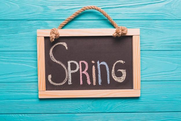 Blackboard met lente schrijven