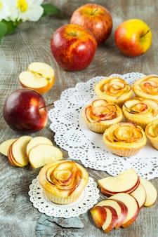Blader appelvormige rozen