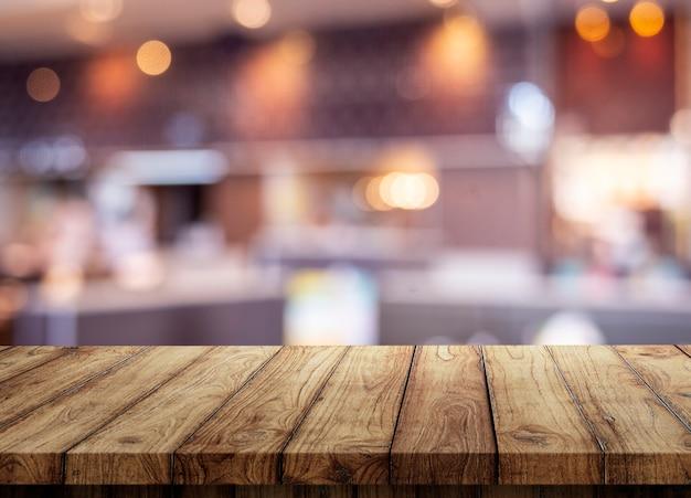 Blanco houten tafel op bokeh achtergrond bokeh