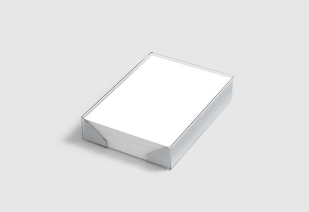 Blanco witte stapel a4-papier in plastic houder