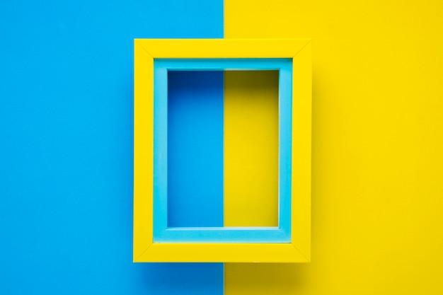 Blauw en geel minimalistisch frame