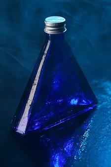 Blauw flesje