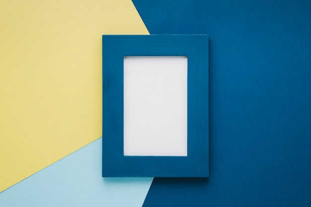 Blauw minimalistisch frame met lege ruimte