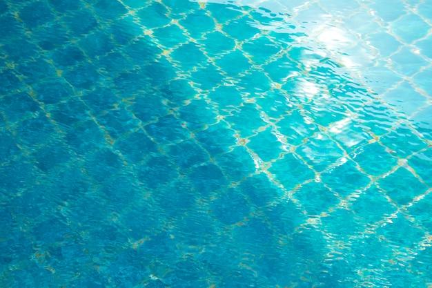 Blauw zwembad, achtergrond van water in zwembad.