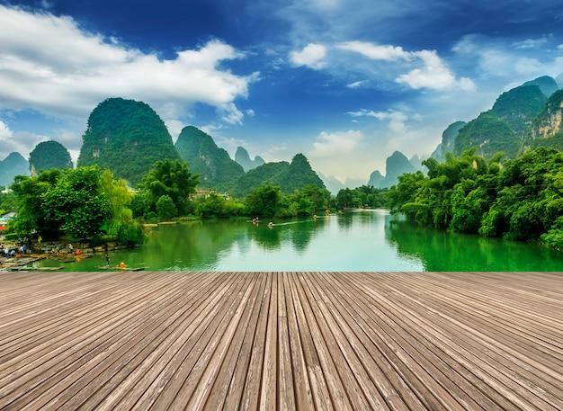 Blauwe bergen beroemd toerisme landschap lijiang