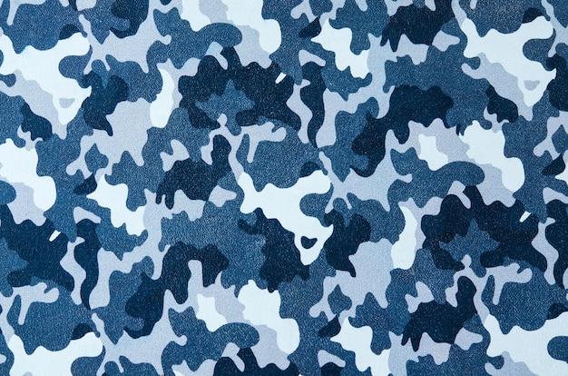 Blauwe camouflage patroon leder textuur close-up. gebruik voor achtergrond.