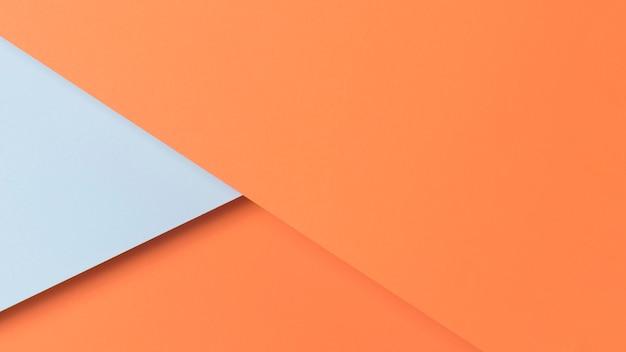 Blauwe en oranje kasten