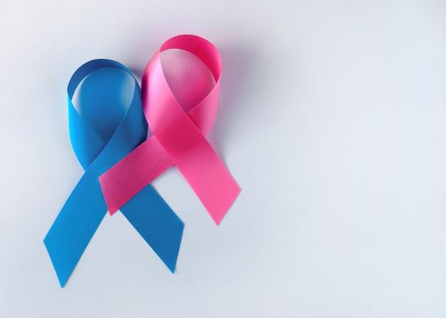Blauwe en roze symbolische linten