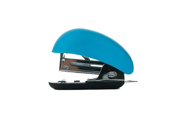 Blauwe geïsoleerde bureaunietmachine