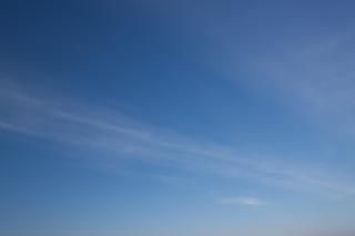 Blauwe hemel 2, witte