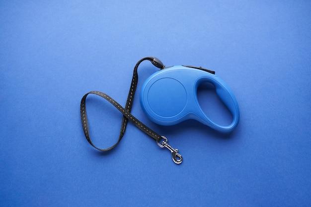 Blauwe intrekbare hondenriem