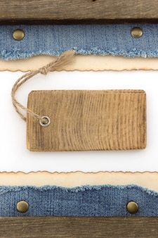 Blauwe jean en oud papier