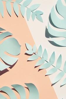 Blauwe monstera kunstmatige zelfgemaakte bladeren plat leggen