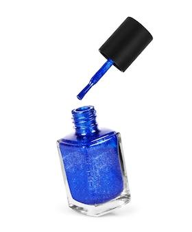 Blauwe nagellak geïsoleerd op witte achtergrond