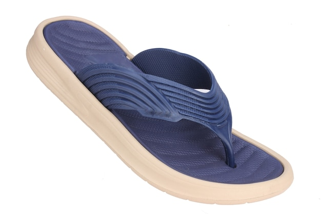 Blauwe slipper geïsoleerd op wit, badkamermantels