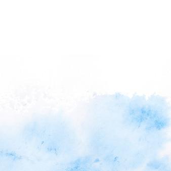 Blauwe waterverfvlek op witte achtergrond