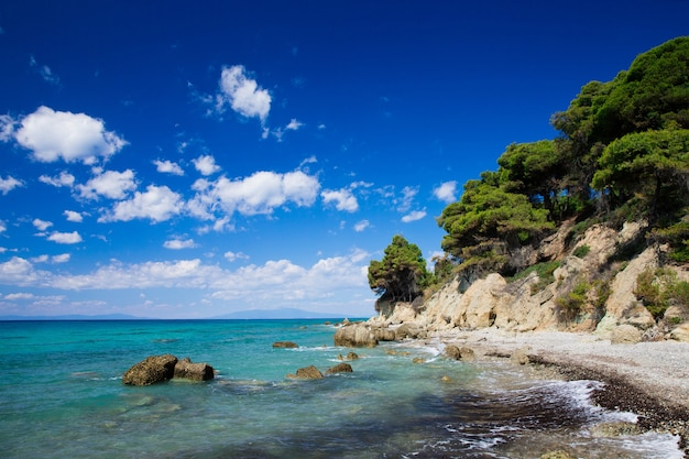 Blauwe zee bij de griekenland