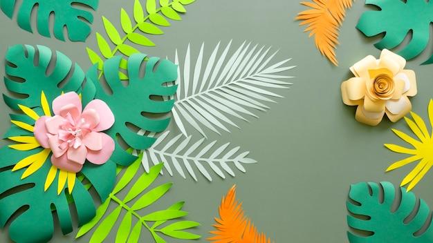 Bloemen en bladeren gemaakt van papier