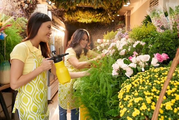 Bloemen klaarmaken voor verkoop