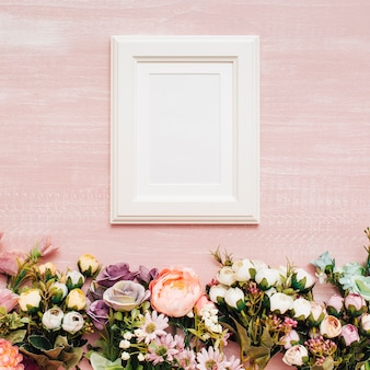 Bloemen met wit frame