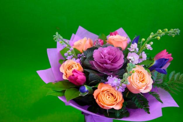 Bloemen ongebruikelijke boeketrozen