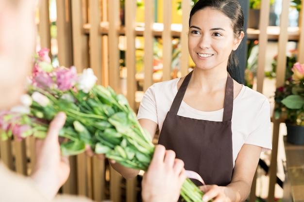 Bloemen verkopen