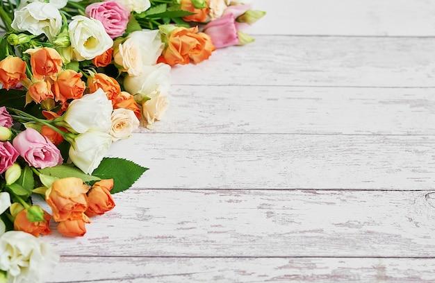 Bloemen voor vrouwendag. moederdag wenskaart.