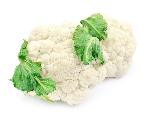 Bloemkool groenten geïsoleerd op wit