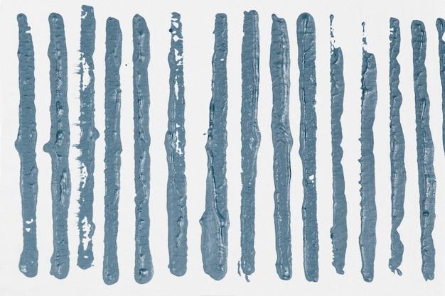 Blokafdrukken met blauw gestreept patroon als achtergrond