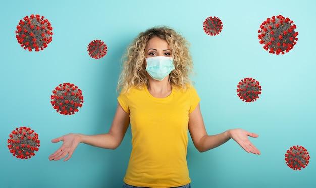 Blond meisje twijfelt over covid19 corona virus