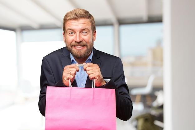 Blond zakenman gelukkige uitdrukking