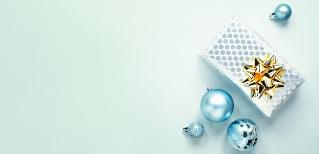 Blue christmas plat leggen