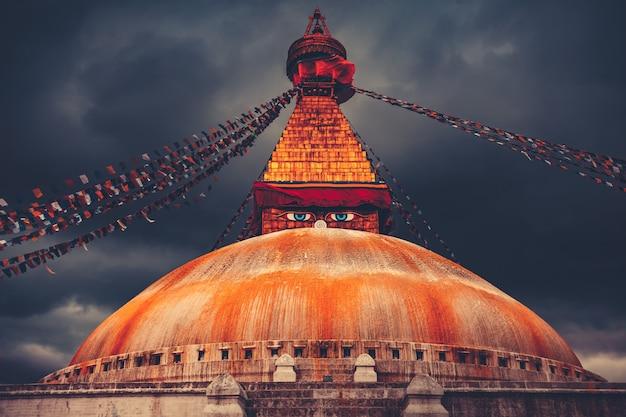 Bodhnath-stupa in de vallei van katmandu, nepal
