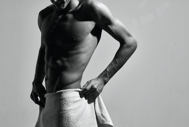 Bodybuilder poseren gespierde torso workout fitness