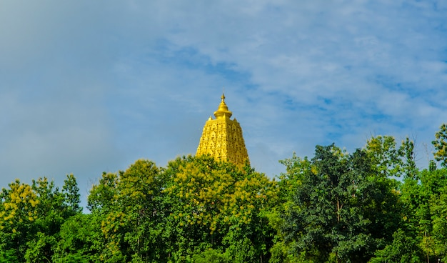 Boeddhistisch heiligdom, sangklaburi, thailand.