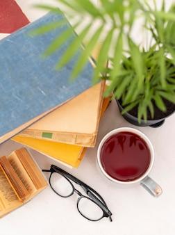 Boeken arrangement bovenaanzicht