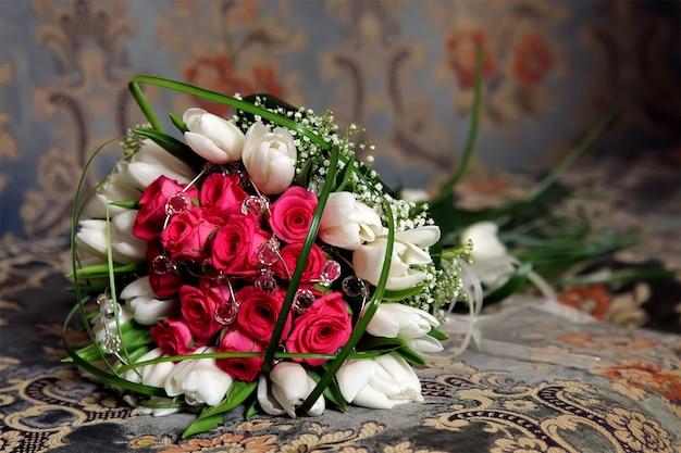 Boeket bloemen van de bruid