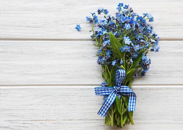 Boeket van bloeiende bloemen