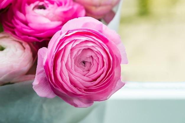 Boeket van roze bloemen